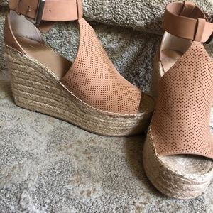 Marc Fisher Espadrille Wedge Size 8